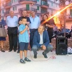 Il bimbo Vito dà lezioni di educazione civica