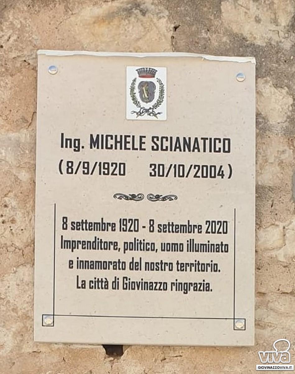 La targa che ricorda Michele Scianatico