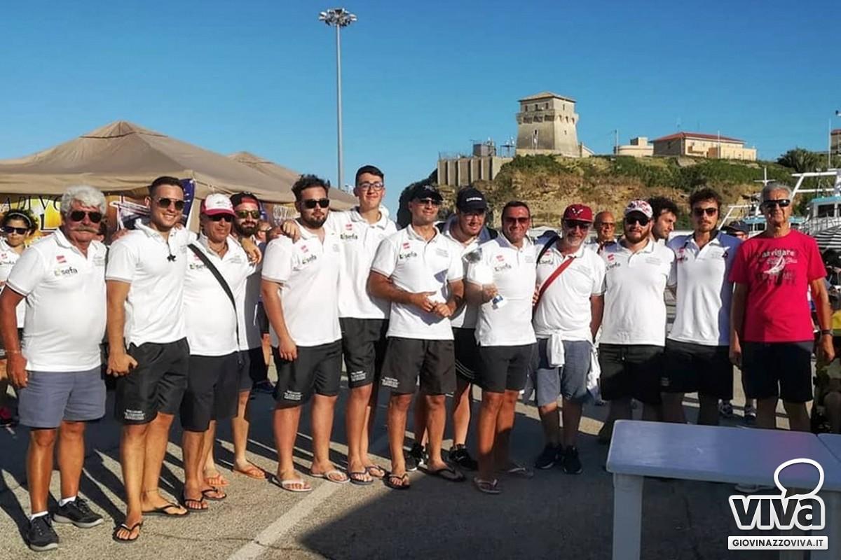 L'equipaggio maschile secondo
