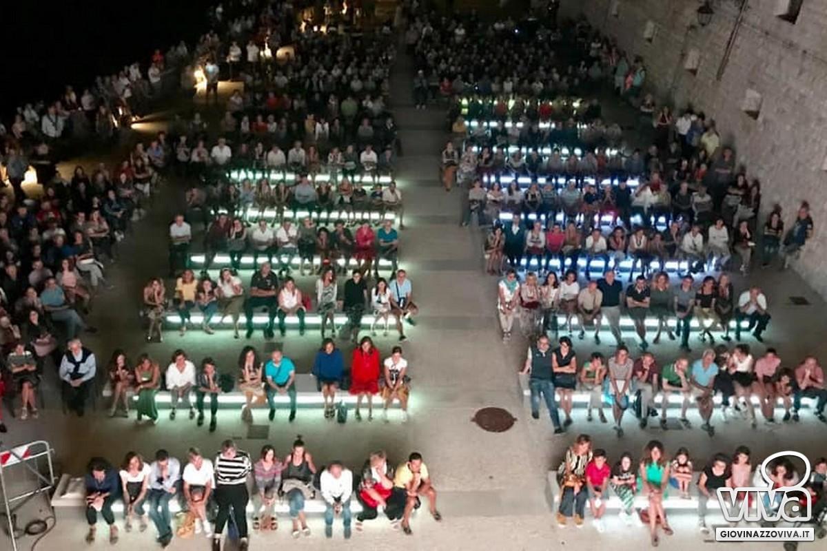 Il pubblico in piazzale Aeronautica Militare