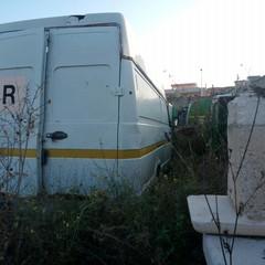 Discarica al De Pergola. Anche i camion della Del Fiume