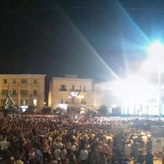 Il pubblico in piazza Vittorio Emanuele II