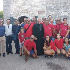 Foto di gruppo dopo la colazione comunitaria