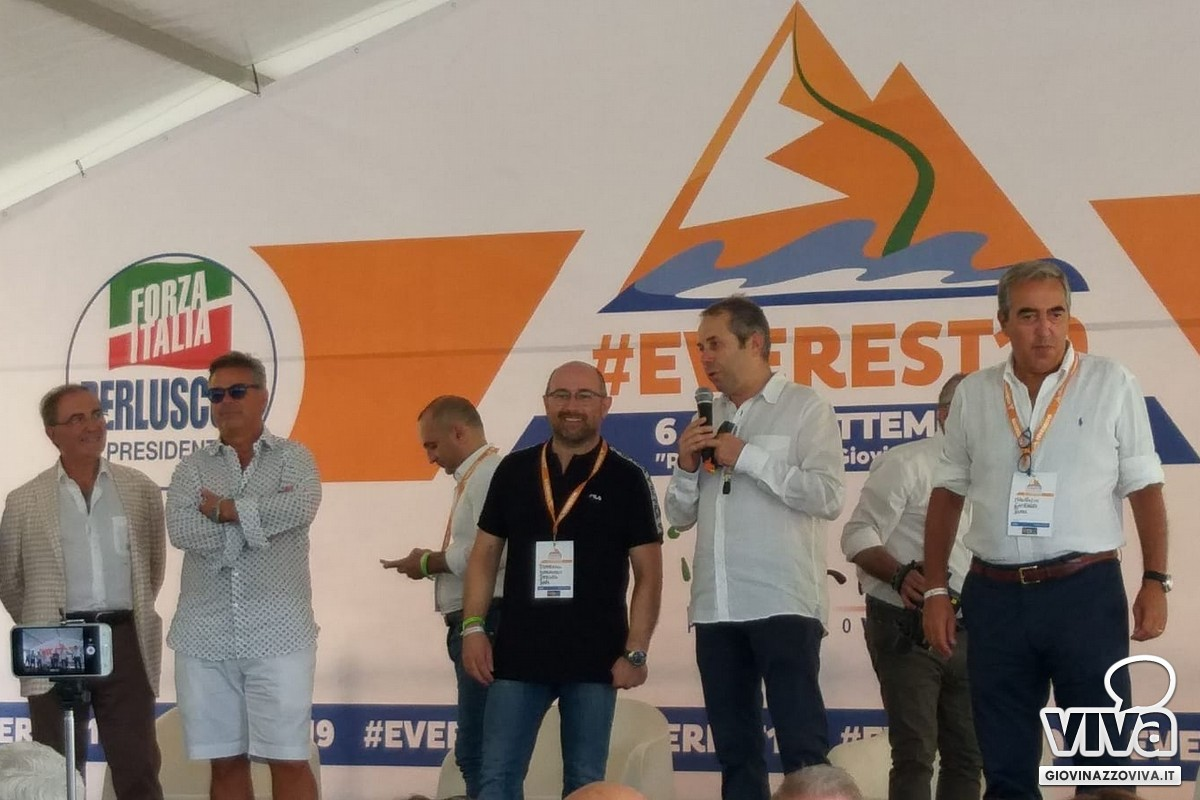 Depalma e Iannone con Gasparri ad Everest