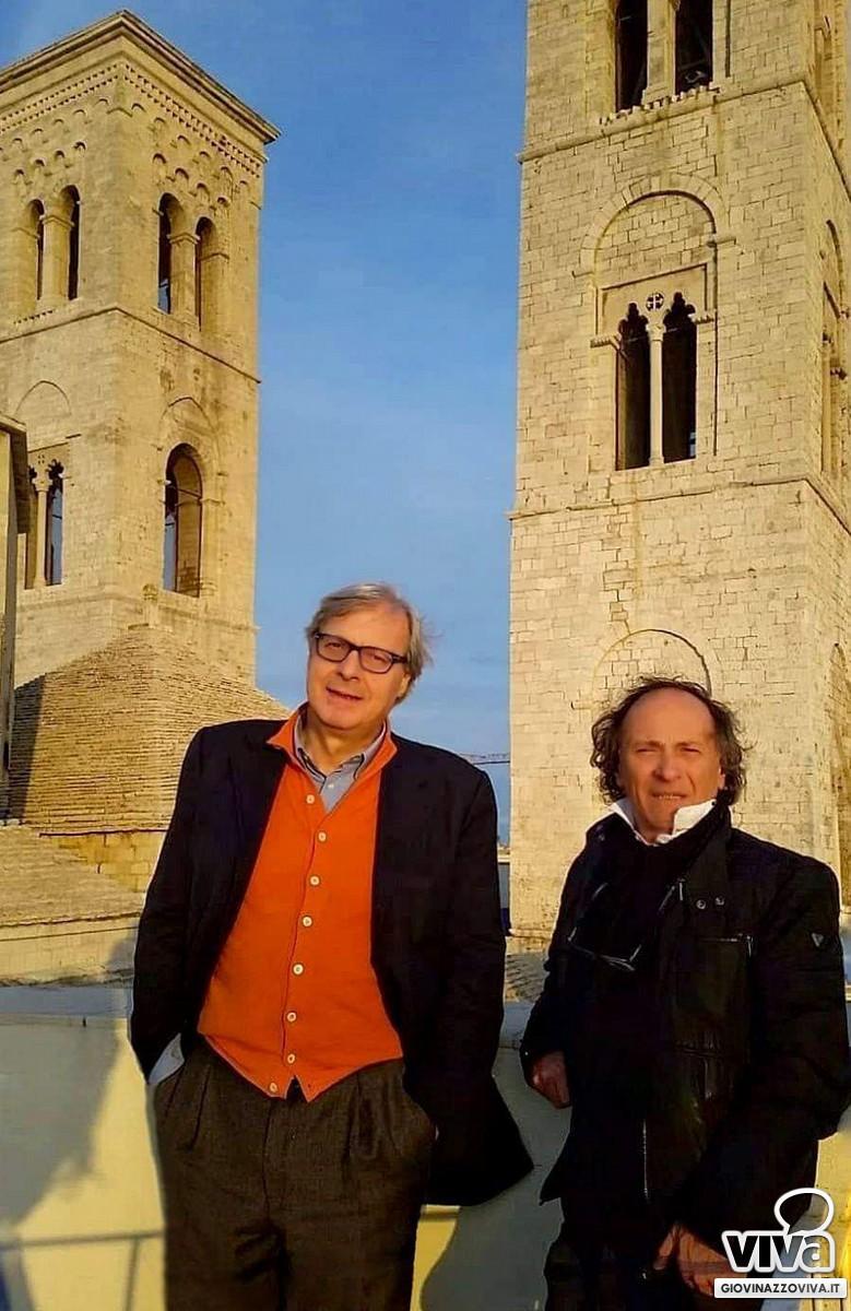 Vittorio Sgarbi con Enrico Tedeschi a Molfetta