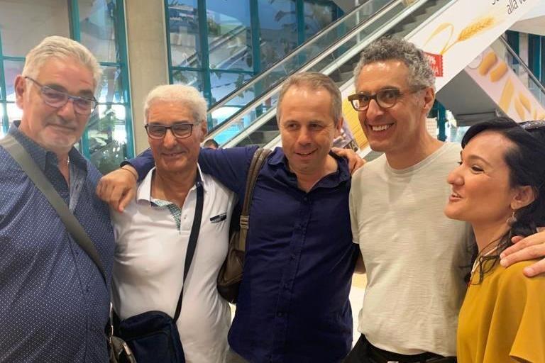 John Turturro all'aeroporto di Palese