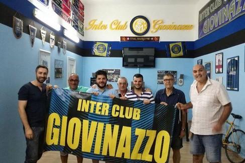 Foto di gruppo per l'Inter Club