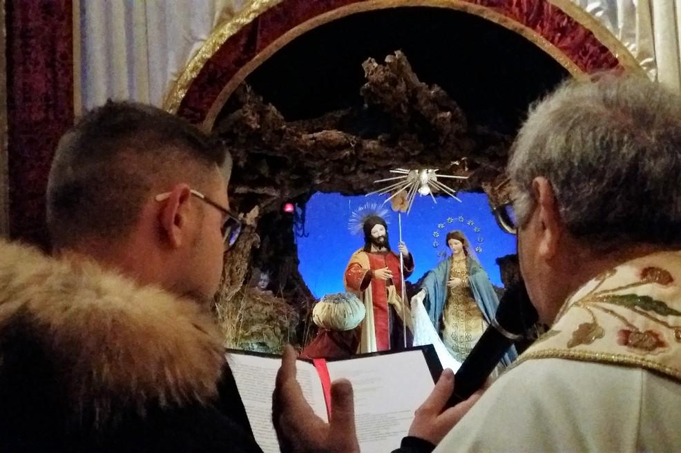Il momento della benedizione. <span>Foto Gianluca Battista</span>
