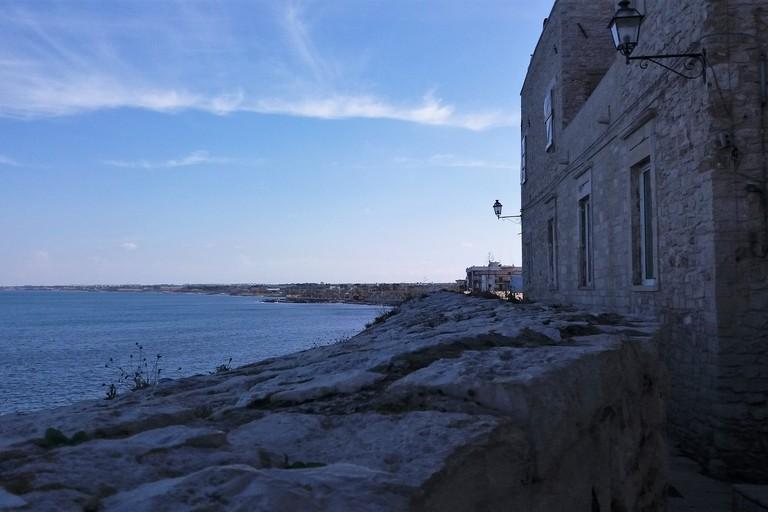 Allerta meteo in Campania, dalla mezzanotte 24 ore di forte vento