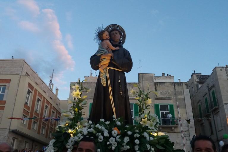 Il cuore dei giovinazzesi per Sant'Antonio di Padova