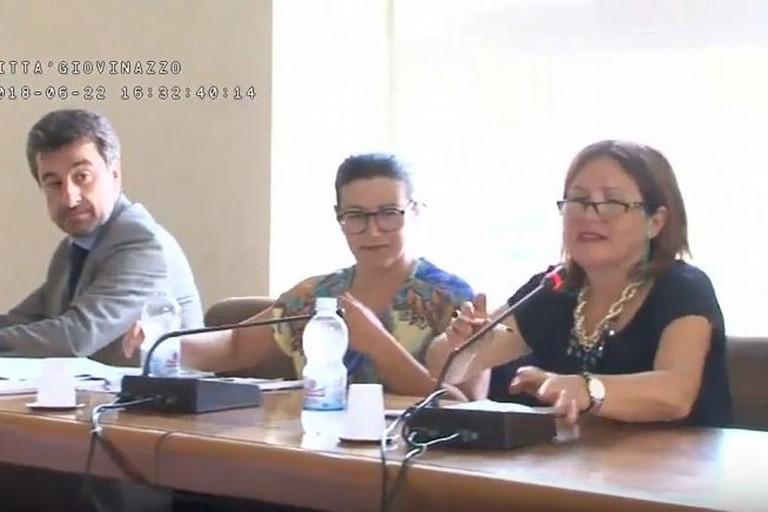 I consiglieri comunali de Gennaro, Mastroviti e Fiorentino