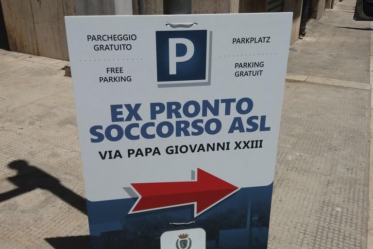 Indicazioni per parcheggio libero