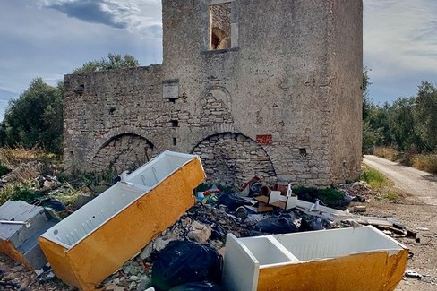 Discarica a Torre Bonvino