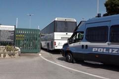 Al Cara di Palese arrivati 340 migranti: scoppia la polemica politica