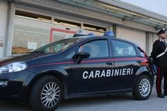 Ladri in azione: arraffano carne, salumi e soldi dall'Eurospar