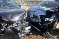 Frontale sulla Terlizzi-Giovinazzo: esplodono gli airbag, ma nessun ferito