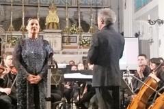 L'Orchestra Filarmonica Pugliese e Maria Pia Piscitelli illuminano la sera giovinazzese