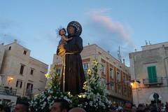 L'effigie di Sant'Antonio di Padova in cala Porto