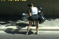 """Le fototrappole incastrano gli """"sporcaccioni"""" di Giovinazzo"""