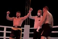 Boxe, Squeo vola sull'ottovolante: Bozinovic kot al secondo round