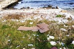 Litorale sud, i cittadini invocano una pulizia anticipata in primavera