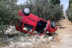 Incidente sulla provinciale per Terlizzi, un'auto si ribalta. Ferita una donna