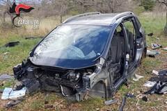 Cannibalizzavano due auto rubate a Giovinazzo. Arrestati
