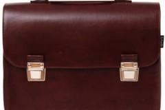 Ritrovata a Giovinazzo borsa rubata a Bisceglie: la proprietaria ringrazia