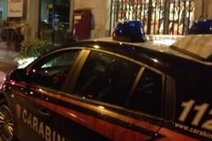 Sorpreso a rubare in un'agenzia di viaggi: arrestato
