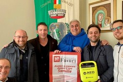 Orizzonti Futuri dona un defibrillatore per il Palasport di via de Ceglie