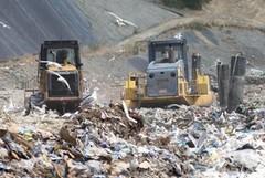 «Lo smaltimento dei rifiuti è nelle mani dei privati»