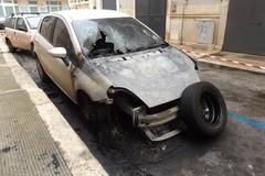 Auto incendiate in via Redipuglia: il numero sale a quattro