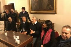 Verso le regionali, Emiliano tende la mano ad Italia in Comune