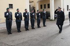 Il generale Vito Augelli in visita alla Tenenza di Bitonto