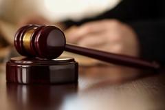 Carolina Serrone querela Alfonso Arbore: il giudice dà ragione al Consigliere