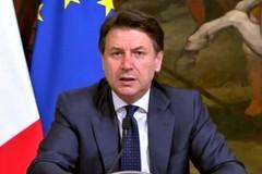 Conte annuncia: «Sanzioni fino a 3.000 euro per chi è in giro senza motivazione»