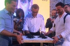 Le impronte delle mani di John Turturro saranno collocate sulla Balconata di via Marina