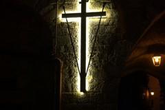 Quaresima 2019, accesa la croce in via Cattedrale