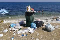 Abbandono selvaggio dei rifiuti, nuove misure del Comune