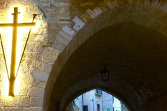 Iniziata la Quaresima con l'accensione della croce in via Cattedrale