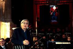Sgarbi: «Emiliano sosia del San Felice in Cattedra di Giovinazzo»