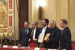 """Milano, assegnato a don Luigi Ciotti il Premio """"don Tonino Bello"""""""