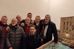 Emiliano ammaliato dalle opere degli Amici del Presepio di Giovinazzo