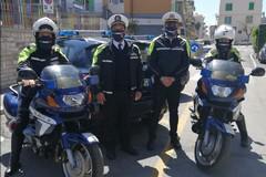 Mascherine tricolori agli agenti di Polizia Locale di Giovinazzo