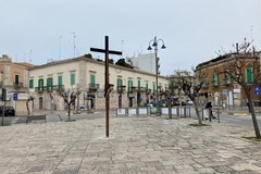 Passione a Giovinazzo, torna la croce in piazza Vittorio Emanuele II