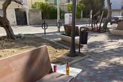 Primi atti d'inciviltà in piazzetta Stallone. Depalo: «Difendiamola dai vandali»