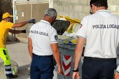 Rifiuti, giro di vite della Polizia Locale: multe sino a 300 euro