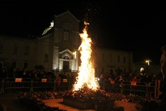 È il giorno dei Fuochi di Sant'Antonio Abate: il programma e la mappa