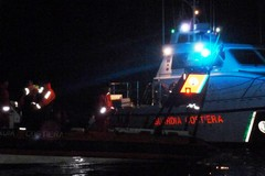 La Capitaneria di Porto salva un peschereccio in avaria