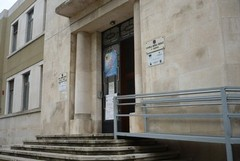 """Aule inagibili: gli studenti dello """"Spinelli"""" lunedì a Bari per protestare"""